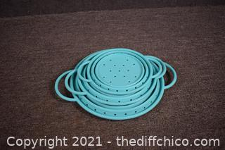 3 Stackable Strainers