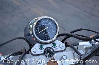 2002 Suzuki GZ250 Motorcycle-No Reserve