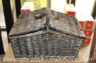 Zelancio All in one Picnic Basket