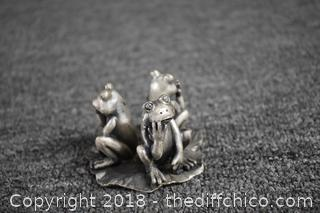 Pewter Frogs on Lily Pad