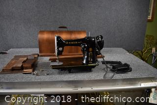 Portable Singer Sewing Machine w/Cover
