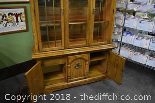 Broyhill Hutch w/Lights, Glass Shelves & Storage-2 Pieces
