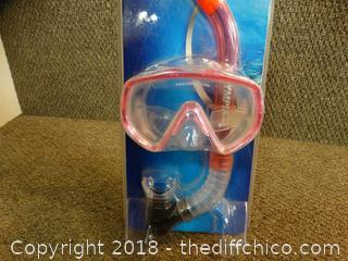 Adult Swim Mask And Snorkel