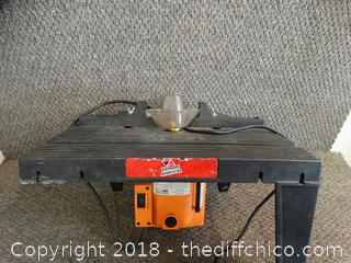 1-3/4 HP Plunge Router With brake (Missing 3 Legs )