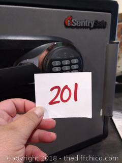 "Sentry Safe - Fire Safe - 16"" x 17"" x 18"" - Excellent Condition"