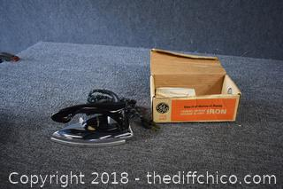 GE Working Vintage Iron w/Box