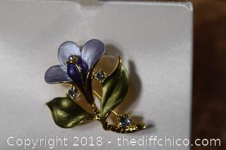 NIB Flower Brooch