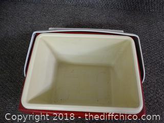 Igloo Lunch Box