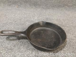Wagner Ware #3 Cast Iron Skillet - Excellent Condition - Vintage