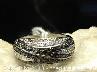 White/Black Sapphire Sterling Silver Ring - Size 9