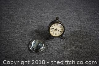 2 Working Clocks