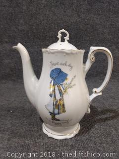 "Vintage Holly Hobbie Coffee/Tea Pot - 9"" Tall - Rare"