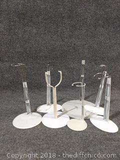 7 Doll Stands