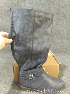 NEW Bella Cora Boots - Size 7.5 Women's