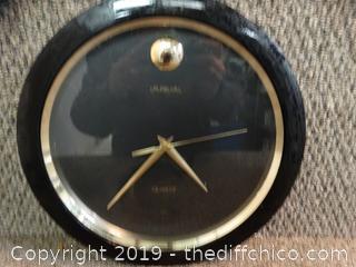 Quartz Wall Clock works
