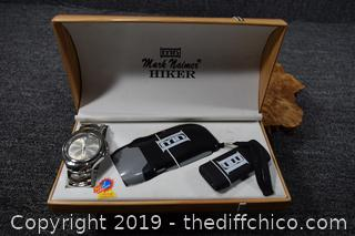 Hiker Watch, Light and Lighter in Box