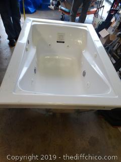 American Standard Jacuzzi Tub