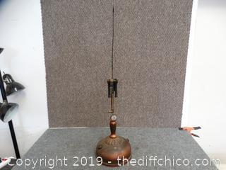 Vintage Coleman Lantern Model 132A no glass