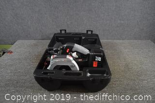 Working Craftsman Cordless Laser Trim Saw w/Battery and Charger