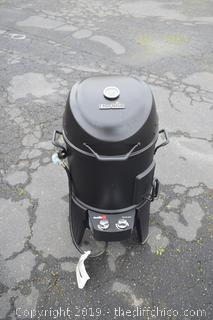 New Char-Broil Propane Smoker w/Cover