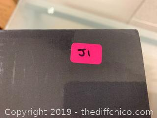 ZELANCIO 2 QUART ENAMELED CAST IRON SAUCE - RED (J1)