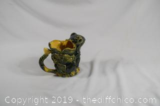 Frog Pitcher