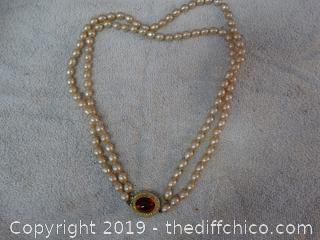 Pearl Necklace With Red Stone