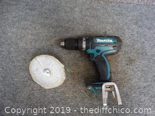 Makita 18 VOLT Concrete Hammer Drill wks