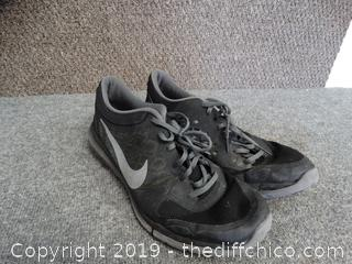 Mens Nike Shoes Size 14