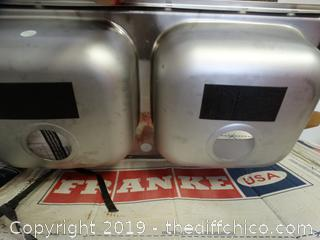 NIB Frankie Sink