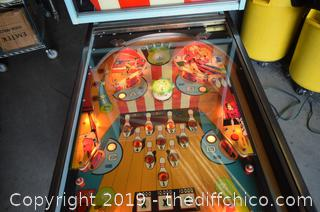 Working Williams Triple Strike Pin Ball Machine-key opens front and back