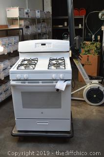 New GE 4 Gas Burner Stove/Oven