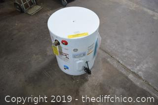 20 Gal Water Heater
