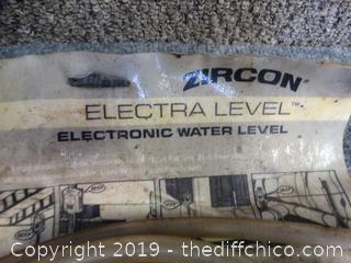 Zircon Electra Level NIB