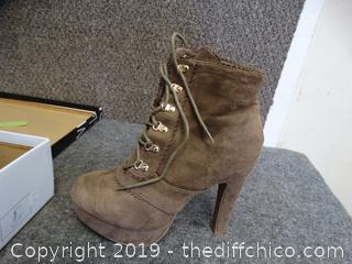 Wild Diva Boots Size 8