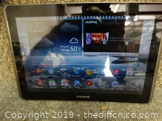 Samsung Galaxy Note 10.2 Powers On