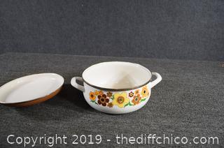 Vintage Enamel Pot w/Lid