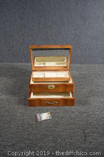 New Jewelry Box w/Key