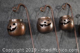 5 Halloween Yard Candles