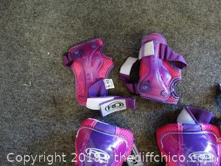 Girls Roller Derby Pads