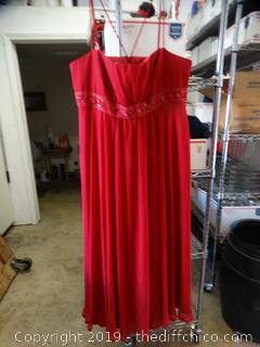 Davids Bridal Dress size 24