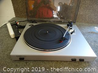 Ion Record Player WKS