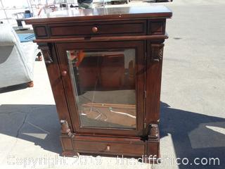 Display Cabinet Needs Work