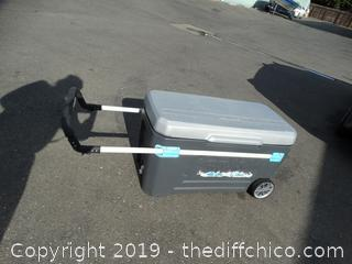 Rolling Igloo Ice Chest