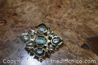 Sarah Coventry Unique Brooch