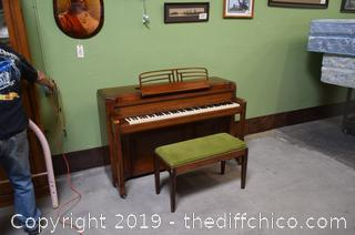 Story and Clark Piano w/Bench