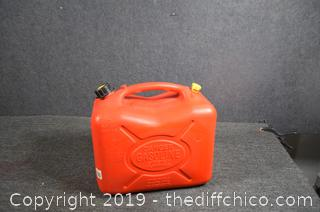 Plastic 5 Gal Gas Container