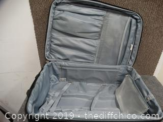 Bell Air Rolling Suitcase 16x25x9