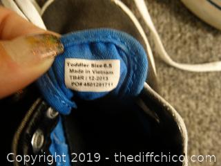 Toddlers Vans Size 6.5