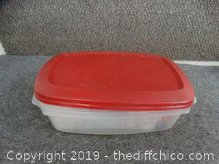 Rubbermaid With Sewing Stuff